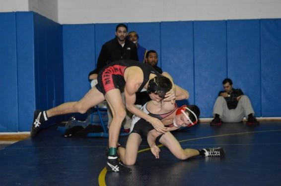 Class-AA-wrestling-47